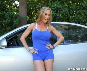[MilfSoup.com/BangBros.com] Brandi Love (Sexy Milf with onion booty gets nailed / 11.02.2012) [2012 g., All sex, Milf, 720p]