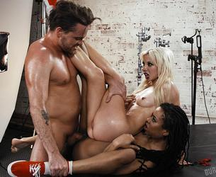 [BurningAngel.com] Kira Noir, Kenzie Reeves - Three Cheers For Satan. Episode 2 [2019-10-15, Petite, Skirt, Masturbating, Natural Breasts, IR, Cunninlingus, Blowjob, Tattoo/Piercing, Doggy style, Threesome, Cumshot, Horror, 2160p]