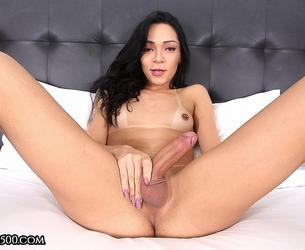 [TransAtPlay.com / Trans500.com] Hannah Rios - Stay Home with Hannah (23-04-2020 g., Transsexuals, Shemale, Solo, Small Tits, Masturbation, Cumshot, 1080p]