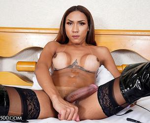[TransAtPlay.com / Trans500.com] Maria Flavia - Mainly Maria (28-08-2020 g., Transsexuals, Shemale, Solo, Big Tits, Bubble Butt, Cumshot, Masturbation, 360p]