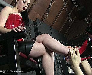 MISTRESS SOPHIA BLACK - RUTHLESS MISTRESS SOPHIA.mp4